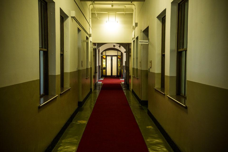 第一庁舎-室内