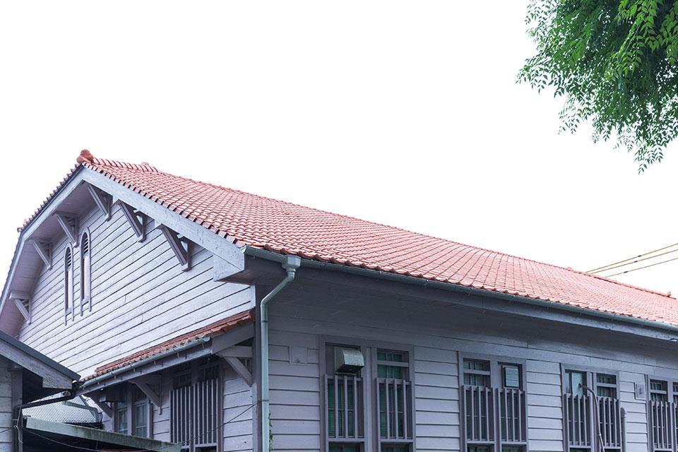 熱帯農学センター-屋根