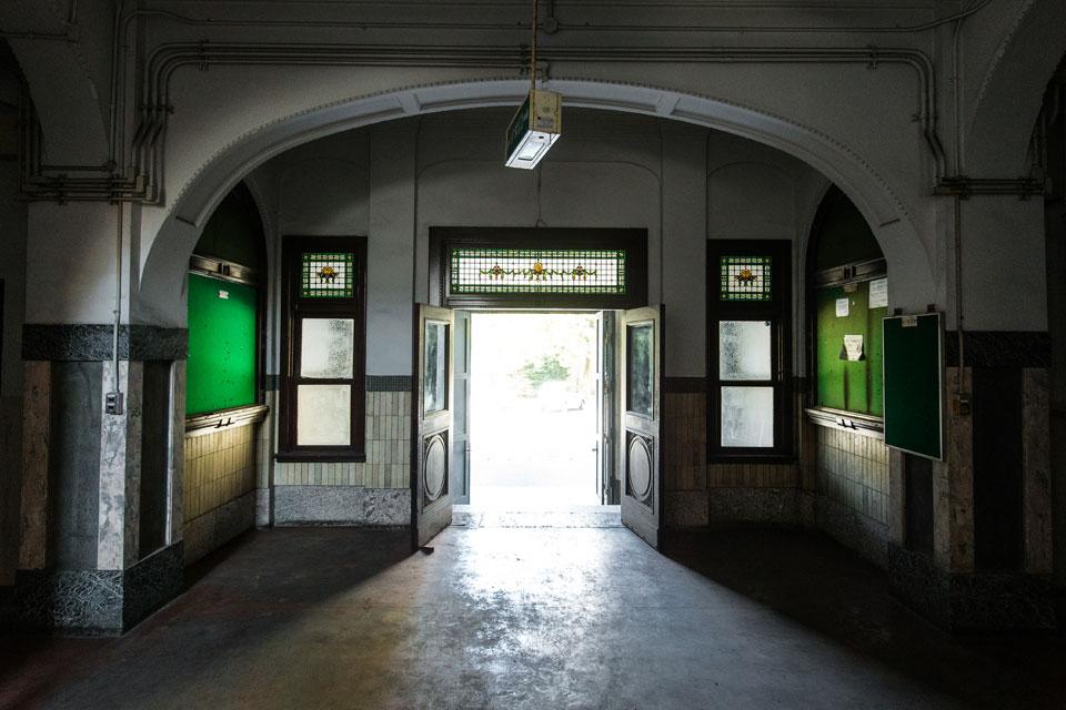 応用物質機能化学教室-入口